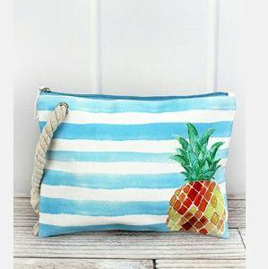 Handbags - NWT Pineapple Pouch/cosmetic bag/travel/beach etc!